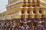 "KHONS SURROUND BASE OF STUPA IN BANGKOK""S GRAND PALACE"