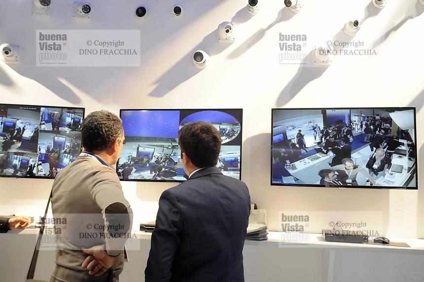 - Sicurezza, security and safety fair, video surveillance<br /> <br /> - Sicurezza, fiera della sicurezza, videosorveglianza