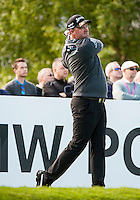 21.05.2015. Wentworth, England. BMW PGA Golf Championship. Round 1.  Peter Hanson [SWE] on the first tee. The first round of the 2015 BMW PGA Championship from The West Course Wentworth Golf Club