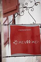 "Europe/France/Aquitaine/64/Pyrénées-Atlantiques/Saint-Jean-de-Luz: Enseigne du restaurant ""Zoko Moko"" 6 rue Mazarin"