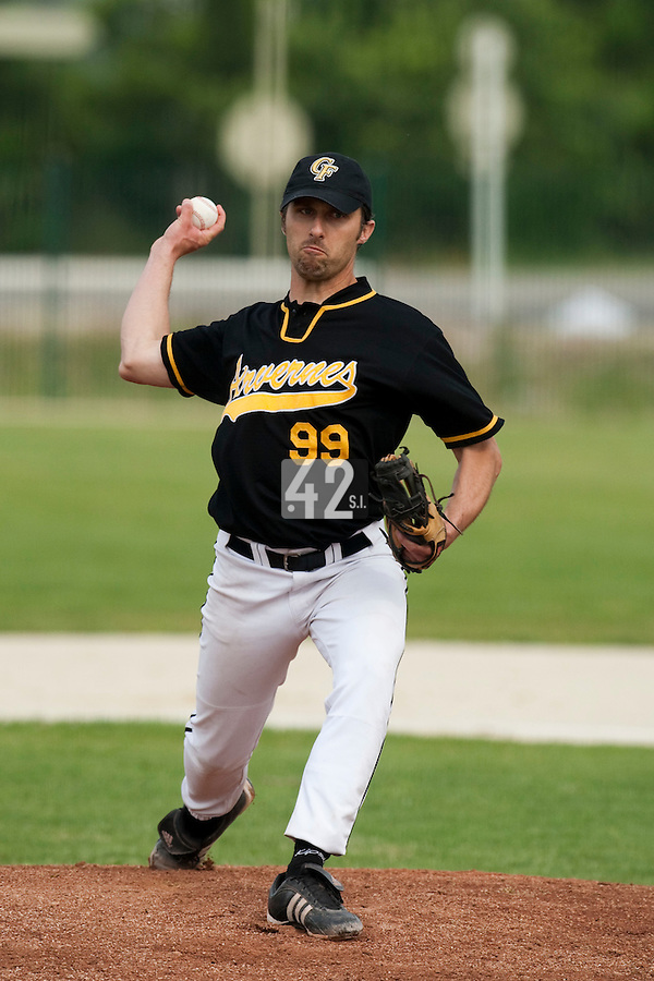 21 May 2009: Olivier Charlionnet of Clermont-Ferrand pitches against Rouen during the 2009 challenge de France, a tournament with the best French baseball teams - all eight elite league clubs - to determine a spot in the European Cup next year, at Montpellier, France.
