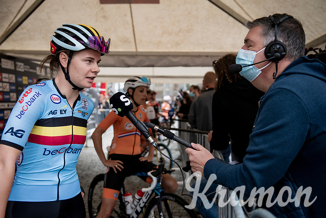 Lotte Kopecky (BEL/Liv Racing) interviewed at the race start in Antwerpen<br /> <br /> Women Elite - Road Race (WC)<br /> from Antwerp to Leuven (158km)<br /> <br /> UCI Road World Championships - Flanders Belgium 2021<br /> <br /> ©kramon