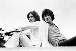 The Kinks 1968 Dave Davies and Ray Davies.© Chris Walter.