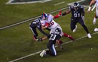 running back Saquon Barkley (26) of the New York Giants wird gestoptt von free safety Rodney McLeod (23) of the Philadelphia Eagles, linebacker Nate Gerry (47) of the Philadelphia Eagles - 09.12.2019: Philadelphia Eagles vs. New York Giants, Monday Night Football, Lincoln Financial Field