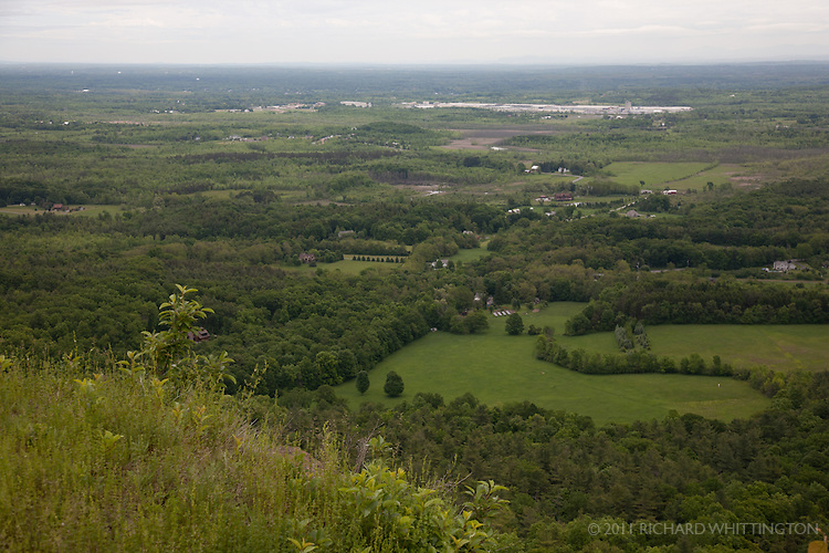 Overlook at John Boyd Thatcher State Park, upstate New York.