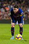Lionel Andres Messi of FC Barcelona gets ready to kick the ball during the La Liga 2018-19 match between FC Barcelona and Real Betis at Camp Nou, on November 11 2018 in Barcelona, Spain. Photo by Vicens Gimenez / Power Sport Images