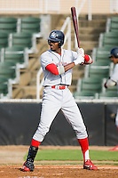 Domonic Brown (3) of the Lakewood BlueClaws at bat versus the Kannapolis Intimidators at Fieldcrest Cannon Stadium in Kannapolis, NC, Sunday, May 11, 2008.