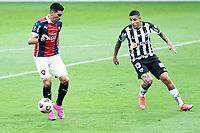 LIBERTADORES 2021-BELO HORIZONTE, MG, 04.05.2021-ATLETICO MINEIRO (BRA) X CERRO PORTENO (PAR): Enzo Giménez(07) e Guilherme Arana(13) durante Partida entre o Atletico Mineiro (BRA) e Cerro Porteno (PAR), valida pela 3a rodada do grupo H da Copa Libertadores da America de 2021, realizada no Mineirao, na noite desta terca-feira (04)
