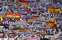 01.05.2018, Football UEFA Champions League 2017/2018, semi final  Rueckspiel, Real Madrid - FC Bayern Muenchen, Bernabeu-stadium Madrid. Fans hinter dem Real-goal sind  traditionell in Weiss gekleidet.  *** Local Caption *** © pixathlon<br /> <br /> Contact: +49-40-22 63 02 60 , info@pixathlon.de