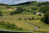 Austria Styria, landscape with maize and wine grape / Oesterreich Steiermark, Felder mit Mais und Wein, bergige Landschaft