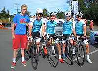 The Wizwireless team pose for a group photo before stage five of the NZ Cycle Classic UCI Oceania Tour in Masterton, New Zealand on Tuesday, 26 January 2017. Photo: Dave Lintott / lintottphoto.co.nz