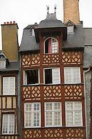 Maison a pans de bois du XVII siecle