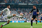 Daniel Carvajal Ramos (L) of Real Madrid fights for the ball with Jonathan Cristian Silva of CD Leganes during the La Liga 2018-19 match between Real Madrid and CD Leganes at Estadio Santiago Bernabeu on September 01 2018 in Madrid, Spain. Photo by Diego Souto / Power Sport Images