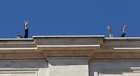 Deputati del MoVimento 5 Stelle protestano contro la modifica dell'Articolo 138 della Costituzione, sul tetto della Camera dei Deputati, a Roma, 7 settembre 2013.<br /> UPDATE IMAGES PRESS/Isabella Bonotto