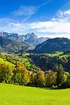 Oesterreich, Salzburger Land, Pinzgau, Unken im Heutal: Reiter Alpe mit den Gipfeln Grosses Haeusel-Horn und Drei Brueder | Austria, Salzburger Land, Pinzgau, Unken at Heu Valley: Reiter Alpe mountains with summits Great Haeusel-Horn and the Three Brothers