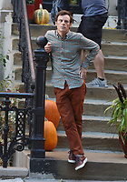 September 24, 2021.Scoot McNairy filming on location for  Sony pictures Lyle Lyle Crocodile<br />   in New York September 24, 2021 Credit:RW/MediaPunch