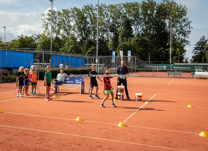 Netherlands, September 12,  2021, Naaldwijk KIA Competition mixed, premier league, LTC Naaldwijk vs TC Leimonias, Kids<br /> Photo: Henk Koster/tennisimages.com