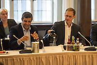 Koalitionsverhandlung zwischen SPD, Gruenen und Linkspartei zur Bildung einer Koalitionsregierung in Berlin.<br /> Am Montag den 10. Oktober 2016 setzte die Berliner SPD mit den Vertretern der Gruenen und der Linkspartei die Verhandlungen fuer eine Rot-Rot-Gruene Koalition in Berlin fort.<br /> Im Bild vlnr.: Raed Saleh und  Buergermeister Michael Mueller (beide SPD).<br /> 10.10.2016, Berlin<br /> Copyright: Christian-Ditsch.de<br /> [Inhaltsveraendernde Manipulation des Fotos nur nach ausdruecklicher Genehmigung des Fotografen. Vereinbarungen ueber Abtretung von Persoenlichkeitsrechten/Model Release der abgebildeten Person/Personen liegen nicht vor. NO MODEL RELEASE! Nur fuer Redaktionelle Zwecke. Don't publish without copyright Christian-Ditsch.de, Veroeffentlichung nur mit Fotografennennung, sowie gegen Honorar, MwSt. und Beleg. Konto: I N G - D i B a, IBAN DE58500105175400192269, BIC INGDDEFFXXX, Kontakt: post@christian-ditsch.de<br /> Bei der Bearbeitung der Dateiinformationen darf die Urheberkennzeichnung in den EXIF- und  IPTC-Daten nicht entfernt werden, diese sind in digitalen Medien nach §95c UrhG rechtlich geschuetzt. Der Urhebervermerk wird gemaess §13 UrhG verlangt.]
