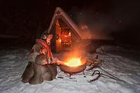 Europe/Finlande/Laponie/Lac Jerisjärvi -: Repas traditionnel lapon dans la kota du pêcheur: Yaros