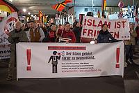 """Ca. 200 Menschen kamen am Montag den 9. Maerz 2015 zur 10. Baergida-Demonstration. Nach einer einstuendigen Kundgebung vor dem Berliner Hauptbahnhof mit islamfeindlichen Reden zog der rechte Aufmarsch zum nahgelegenen Kanzleramt. Dort hielt der islamfeindliche Redner Karl-Michael Merkle eine 40-minuetige Hassrede, bei der er unter anderem mehrere deutsche Politiker und Journalisten des Volksverrats bezichtigte und androhte nach einer Machtuebernahme diese Menschen """"in die Produktion"""" zu stecken.<br /> Merkle tritt in der Oeffentlichkeit als Journalist unter dem Pseudonym Michael Mannheimer auf. <br /> Vom Amtsgericht Heilbronn erhielt Merkle bereits 2012 einen Strafbefehl wegen der Verbreitung von Schriften, die zu Gewalt- oder Willkuermassnahmen aufriefen.<br /> 9.3.2015, Berlin<br /> Copyright: Christian-Ditsch.de<br /> [Inhaltsveraendernde Manipulation des Fotos nur nach ausdruecklicher Genehmigung des Fotografen. Vereinbarungen ueber Abtretung von Persoenlichkeitsrechten/Model Release der abgebildeten Person/Personen liegen nicht vor. NO MODEL RELEASE! Nur fuer Redaktionelle Zwecke. Don't publish without copyright Christian-Ditsch.de, Veroeffentlichung nur mit Fotografennennung, sowie gegen Honorar, MwSt. und Beleg. Konto: I N G - D i B a, IBAN DE58500105175400192269, BIC INGDDEFFXXX, Kontakt: post@christian-ditsch.de<br /> Bei der Bearbeitung der Dateiinformationen darf die Urheberkennzeichnung in den EXIF- und  IPTC-Daten nicht entfernt werden, diese sind in digitalen Medien nach §95c UrhG rechtlich geschuetzt. Der Urhebervermerk wird gemaess §13 UrhG verlangt.]"""