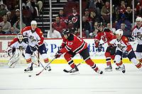 Michael Rupp (Devils) greift an<br /> New Jersey Devils vs. Florida Panthers<br /> *** Local Caption *** Foto ist honorarpflichtig! zzgl. gesetzl. MwSt. Auf Anfrage in hoeherer Qualitaet/Aufloesung. Belegexemplar an: Marc Schueler, Am Ziegelfalltor 4, 64625 Bensheim, Tel. +49 (0) 6251 86 96 134, www.gameday-mediaservices.de. Email: marc.schueler@gameday-mediaservices.de, Bankverbindung: Volksbank Bergstrasse, Kto.: 151297, BLZ: 50960101