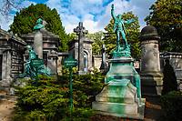 Cimetière du Père-Lachaise (Father Lachaise Cemetery), Paris, France