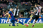 Javier Alejandro Mascherano (L) of FC Barcelona fights for the ball with Antonio Manuel Luna Rodriguez of Levante UD during the La Liga 2017-18 match between FC Barcelona and Levante UD at Camp Nou on 07 January 2018 in Barcelona, Spain. Photo by Vicens Gimenez / Power Sport Images