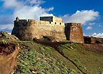 Spanien, Kanarische Inseln, Lanzarote, Teguise: Castillo de Guanapay | Spain, Canary Island, Lanzarote, Teguise: Castillo de Guanapay, castle