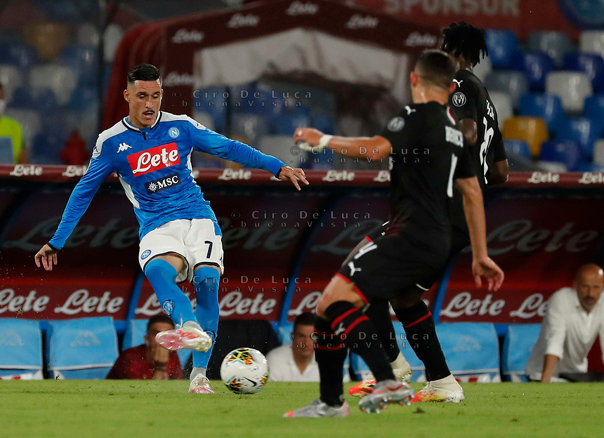 Jose Callejon of Napoli  during the  italian serie a soccer match,  SSC Napoli - AC Milan       at  the San  Paolo   stadium in Naples  Italy , July 12, 2020