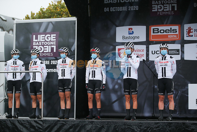 Team Sunweb at sign on before Liege-Bastogne-Liege Femmes 2020, running 135km from Liege to Liege, Belgium. 4th October 2020.<br /> Picture: ASO/Thomas Maheux | Cyclefile<br /> All photos usage must carry mandatory copyright credit (© Cyclefile | ASO/Thomas Maheux)