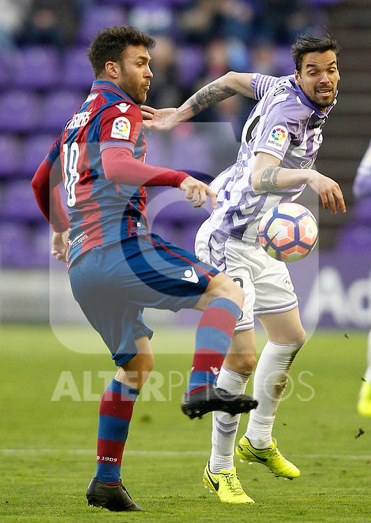 Real Valladolid's Andre Leao (r) and Levante UD's Victor Casadesus during La Liga Second Division match. March 11,2017. (ALTERPHOTOS/Acero)