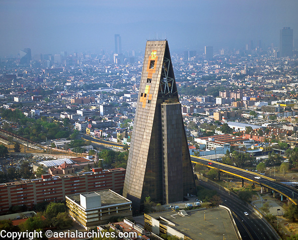 aerial photograph of the Banobras Tower (Torre Insignia) in the Tlateloloco district of Mexico city designed by architect Mario Pani | fotografía aérea de la Torre Banobras en Tlateloloco, La Ciudad de México