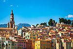 Frankreich, Provence-Alpes-Côte d'Azur, Menton: Altstadt mit Basilika Saint-Michel-Archange | France, Provence-Alpes-Côte d'Azur, Menton: View over old town with Basiliva Saint-Michel-Archange