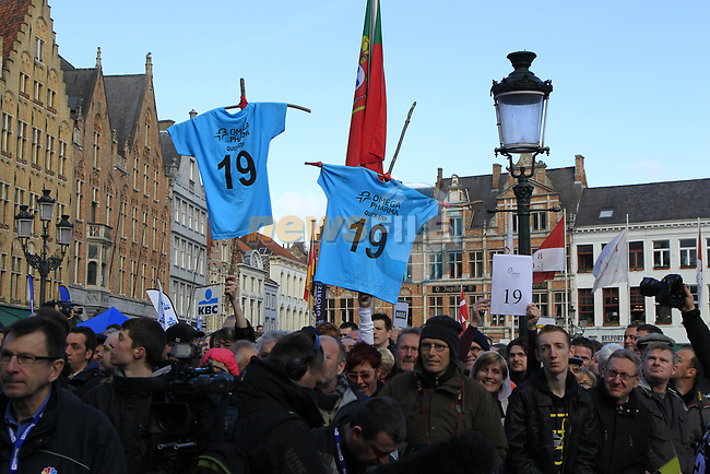 Tom Boonen (BEL) fans before the start of the 96th edition of The Tour of Flanders 2012 in Bruges Market Square, running 256.9km from Bruges to Oudenaarde, Belgium. 1st April 2012. <br /> (Photo by Eoin Clarke/NEWSFILE).