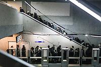 """FRANKREICH, 26.11.2015, Paris.  Der Vorort-Bezirk Saint-Denis ist gepraegt durch seine vielen muslimischen Zuwanderer. Hier liegt das """"Stade de France"""", einer der Orte der Terroranschlaege vom 13.11 und hier lieferte sich die Polizei die schwere Schiesserei mit einigen der beteiligten Islamisten am 18.11. - Die U-Bahn-Station.   The suburban district of Saint-Denis is characterized by its dense muslim immigrant population. Here """"Stade de France"""" is located, one of the places of the Paris terrorist attacks on Nov. 13 and here the police had a heavy shootout with some of the islamists involved on Nov. 18. - The metro station.<br /> � Arturas Morozovas/EST&OST"""
