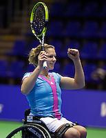 17-12-11, Netherlands, Rotterdam, Topsportcentrum, Esther Vergeer  Wint de rolstoel masters