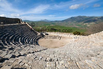 Italy, Sicily, Segesta: The Amphitheatre | Italien, Sizilien, Segesta: das Amphitheater