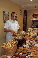 "Europe/France/Corse/2A/Corse-du-Sud/Ajaccio: ""I Frriteddi di Ghjaseppu -  les beignets et biscuits corses de Joseph Cappai dans sa boutique 6 rue de l'Assomption."