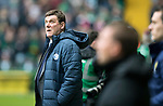 Celtic v St Johnstone…18.02.18…   Celtic Park    SPFL<br />Saints Manager Tommy Wright looks to the skies<br />Picture by Graeme Hart. <br />Copyright Perthshire Picture Agency<br />Tel: 01738 623350  Mobile: 07990 594431