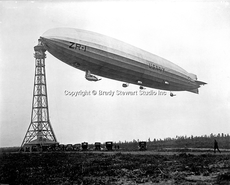 New Jersey:  View of the Navy's first rigid airship/blimp, the USS Shenandoah.  The Shenandoah was built in 1922 and made its first flight in September 1923.  During a flight in September 1925, the Shenandoah was destroyed by a powerful storm over Ohio.