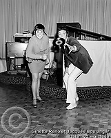 Sujet : Ginette Reno et Jacques Boulanger<br /> Date : 22 mai 1969<br /> Photographe : Photo Moderne<br /> Collection : Jocelyn Paquet<br /> Numéro : DSC32963<br /> Historique de diffusion: