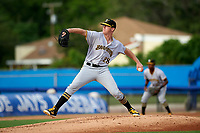 Bradenton Marauders starting pitcher Cam Vieaux (28) delivers a pitch during a game against the Dunedin Blue Jays on July 17, 2017 at Florida Auto Exchange Stadium in Dunedin, Florida.  Bradenton defeated Dunedin 7-5.  (Mike Janes/Four Seam Images)