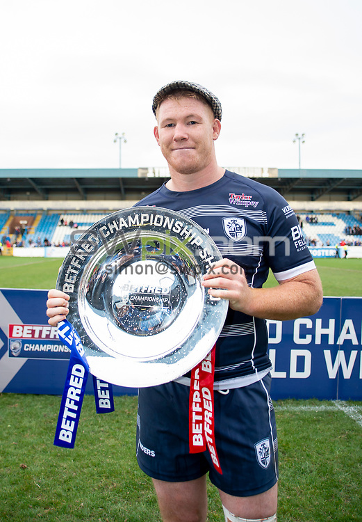 Picture by Allan McKenzie/SWpix.com - 07/10/2018 - Rugby League - Betfred Championship Shield Super 8's Final - Featherstone Rovers v Leigh Centurions - LD Nutrition Stadium, Featherstone, England - Featherstone captain Ian Hardman with the Betfred Championship Shield after his side defeat Leigh Centurions.