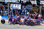Monster Energy NASCAR Cup Series<br /> Toyota Owners 400<br /> Richmond International Raceway, Richmond, VA USA<br /> Sunday 30 April 2017<br /> Denny Hamlin, Joe Gibbs Racing, FedEx Ground Toyota Camry pit stop<br /> World Copyright: Russell LaBounty<br /> LAT Images<br /> ref: Digital Image 17RIC1Jrl_5915