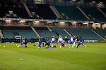 Hibs v St Johnstone…24.11.20   Easter Road      SPFL<br />Saints warm-up prior to kick off<br />Picture by Graeme Hart.<br />Copyright Perthshire Picture Agency<br />Tel: 01738 623350  Mobile: 07990 594431