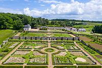 France,  Indre-et-Loire (37), Chançay, jardins du château de Valmer, le potager (vue aérienne)