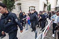 """Schuelerstreik und Demonstration """"Fridays4Future"""" (#f4f) in Berlin.<br /> Ca. 2.000 Menschen, hauptsaechlich Schuelerinnen und Schueler versammelten sich am Freitag den 19. Juli 2019 in Berlin mit ihrer woechentlichen Klimademonstration vor dem Wirtschaftsministerium in Berlin. Sie protestieren gegen die Klimapolitik der Wirtschaft und der Bundesregierung und fordern die Einhaltung der """"Pariser Klimaziele"""", die eine Begrenzung der Erderwaermung auf 1,5°C vorsieht.<br /> Als Gast sprach die schwedische Klimaschutzaktivistin Greta Thunberg, die mit ihrem individuellen Schulstreik die """"Fridays for Future"""" ausgeloest hat.<br /> Im Bild: Polizei und Security muessen Greta Thunberg (rechts mit rosa T-Shirt) nach ihrer Rede schuetzen, da sie von Unmengen von Journalisten verfolgt und bedraengt wurde. Links: Luisa-Marie Neubauer von Fridays 4 Future.<br /> 19.7.2019, Berlin<br /> Copyright: Christian-Ditsch.de<br /> [Inhaltsveraendernde Manipulation des Fotos nur nach ausdruecklicher Genehmigung des Fotografen. Vereinbarungen ueber Abtretung von Persoenlichkeitsrechten/Model Release der abgebildeten Person/Personen liegen nicht vor. NO MODEL RELEASE! Nur fuer Redaktionelle Zwecke. Don't publish without copyright Christian-Ditsch.de, Veroeffentlichung nur mit Fotografennennung, sowie gegen Honorar, MwSt. und Beleg. Konto: I N G - D i B a, IBAN DE58500105175400192269, BIC INGDDEFFXXX, Kontakt: post@christian-ditsch.de<br /> Bei der Bearbeitung der Dateiinformationen darf die Urheberkennzeichnung in den EXIF- und  IPTC-Daten nicht entfernt werden, diese sind in digitalen Medien nach §95c UrhG rechtlich geschuetzt. Der Urhebervermerk wird gemaess §13 UrhG verlangt.]"""