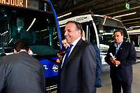 Le chef de la CAQ Francois Legault<br /> lors de la Visite du garage de la STL, le 2 aout 2018.<br /> <br /> PHOTO : Agence Quebec Presse