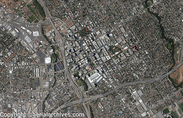 aerial photo map of San Jose, California, 2010.  For recent aerial photo maps of San Jose, please contact Aerial Archives directly.
