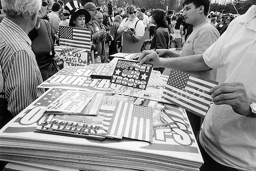 """Richmond, Virginia.USA.March 23, 2003..Nearly 20,000 people who support the US troops fighting in Iraq hold a """"Rally For America"""". They pray at the beginning and the end of the rally, pledge the flag and sing a number of patriotic songs."""